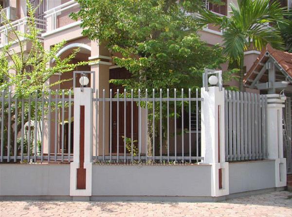 10 mẫu cổng hàng rào sắt hộp đẹp đơn giản 2019 8
