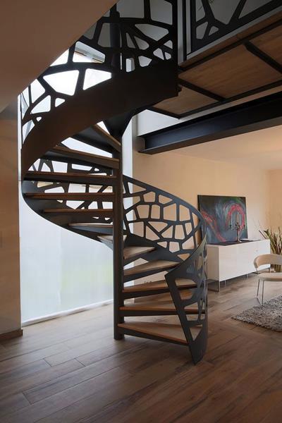 Cầu thang sắt tròn