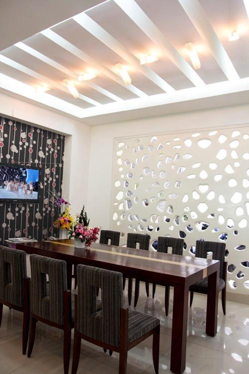 thi công thiết kế nội thất nhà phố hiện đại 040819 1