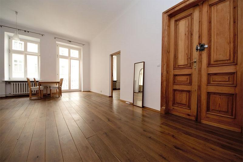 cải tạo lát sàn gỗ nhà chung cư