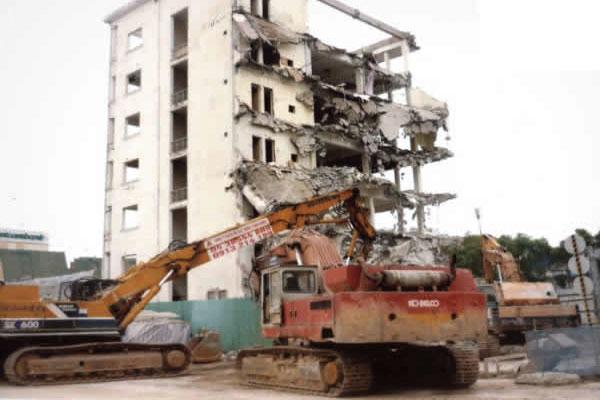 phá dỡ cải tạo nhà chung cư