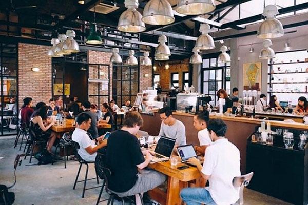 mẫu nội thất quán cafe năng động trẻ trung