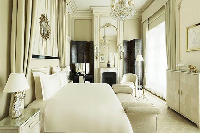 thiết kế nội thất phòng ngủ biệt thự tông trắng