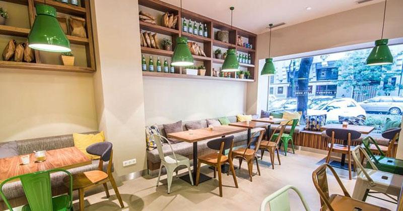 thiết kế bố trí nội thất quán cafe