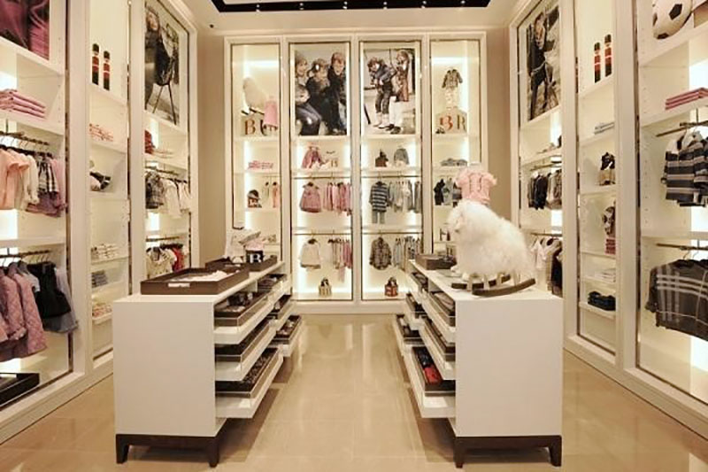 thiet ke noi that showroom sieu dep