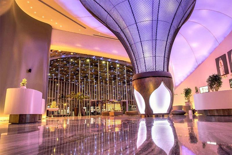 thiết kế sảnh khách sạn ấn tượng thu hút khách
