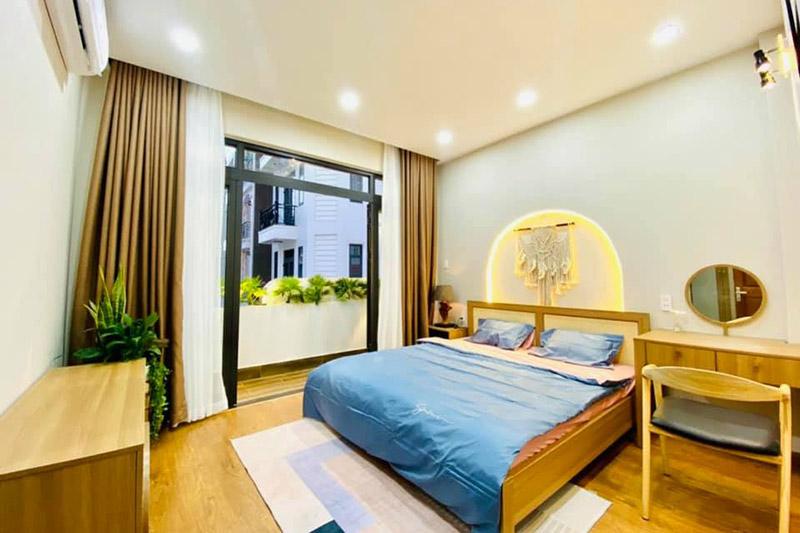 mẫu nội thất phòng ngủ đẹp hiện đại nhà 5x15m