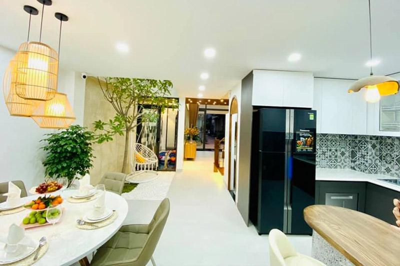 mẫu phòng ăn nhà phố 5x15m
