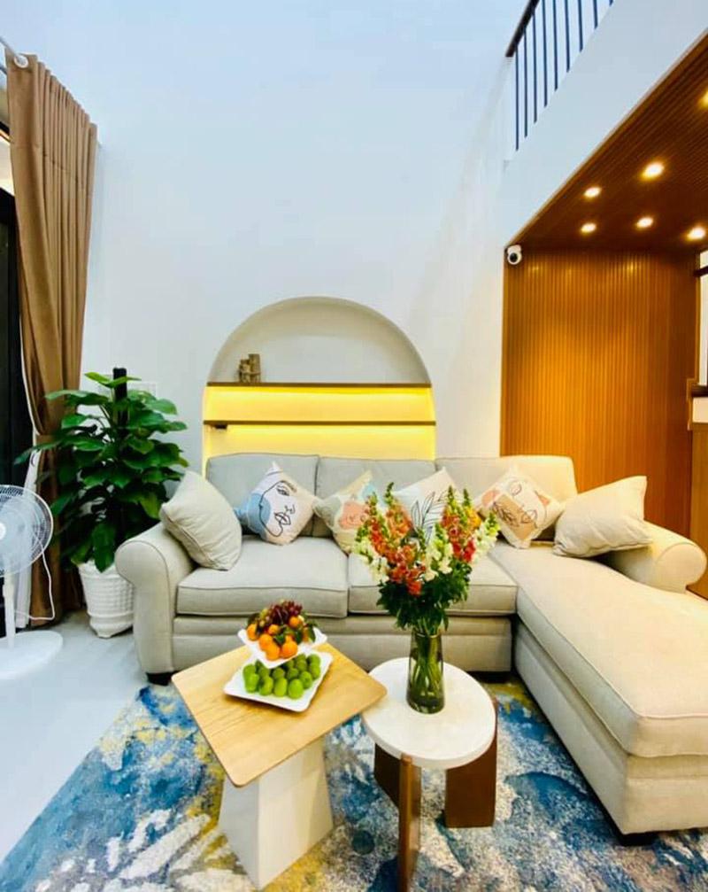 mẫu thiết kế nội thất phòng khách nhà 5x15m