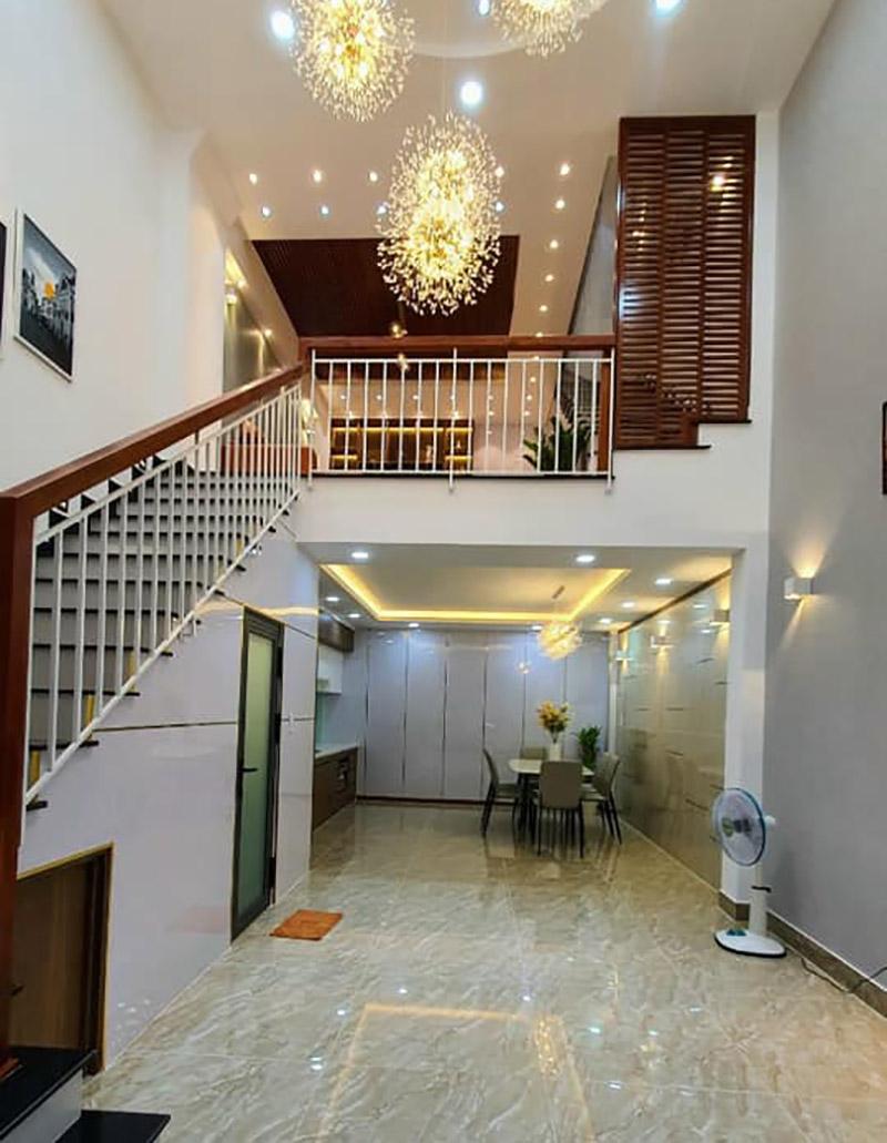 nội thất tầng 1 nhà 4.5x9m