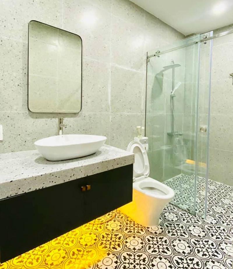 thi công nội thất nhà vệ sinh nhà phố 5x15m